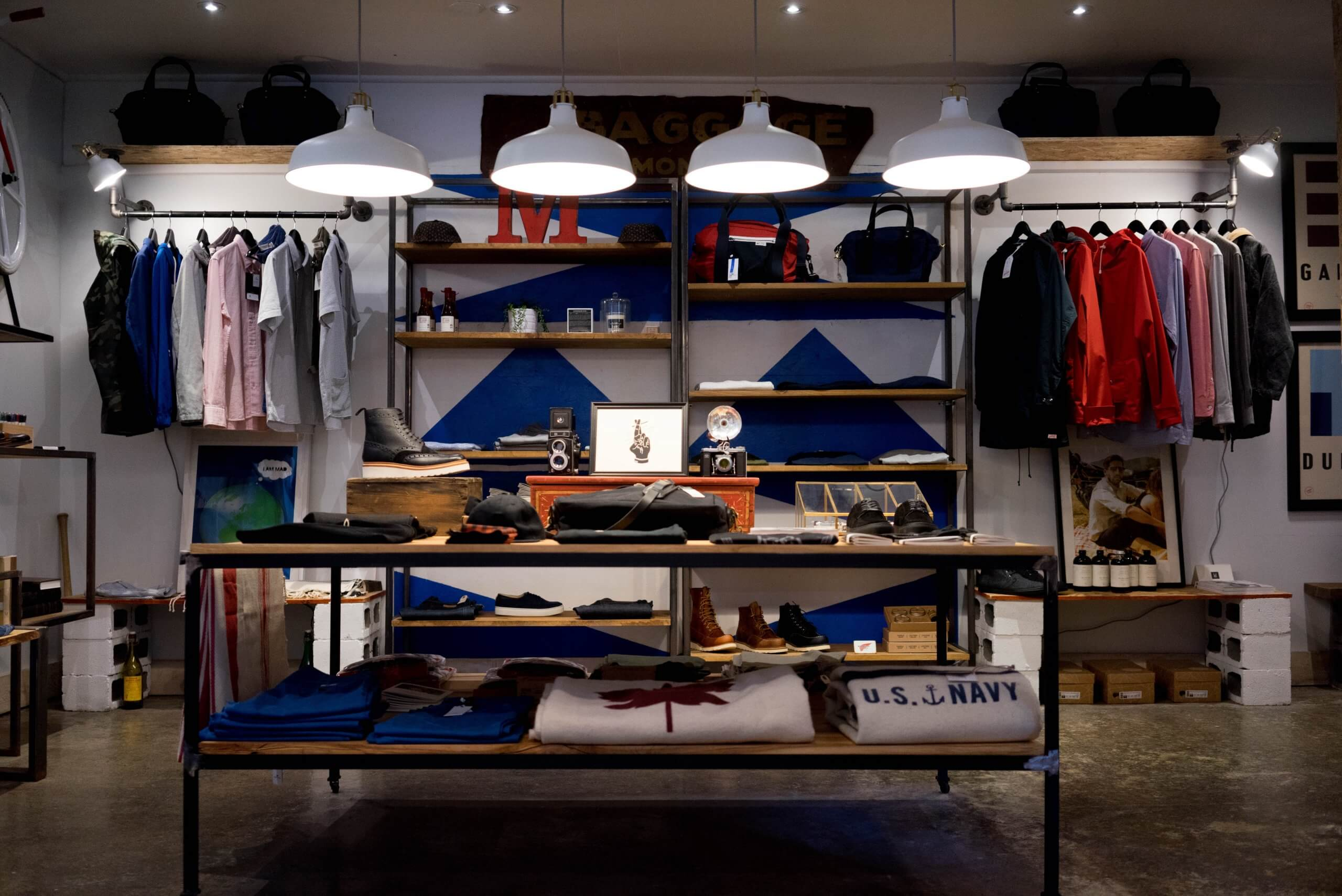 Tidy Clothing Store